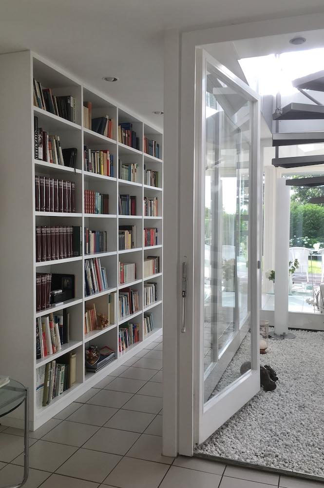 Bücherregal weiss3 Kopie